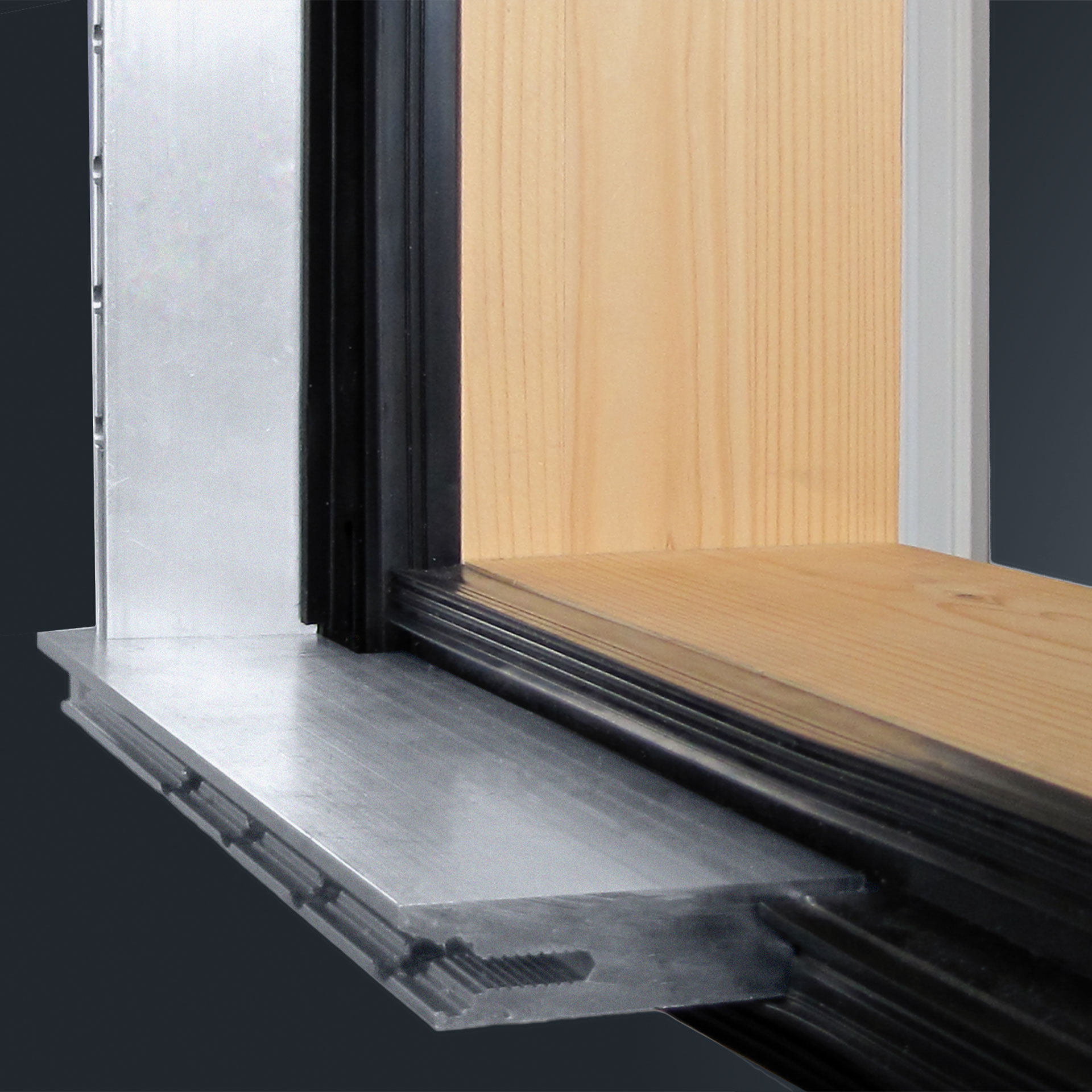 Mullion-transom walls with large glazed areas & ever-more-stringent demands in terms of thermal insulation and safety result in increasingly large and heavy panes of glass. GUTMANN LARA Heavy Load is constructed to bear increasingly heavy weights of glass